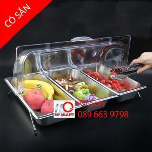 Khay sứ - khay inox có nắp đậy bằng nhựa mica trong đựng bánh ngọt, trái cây, đồ ăn trong tiệc buffet ngoài trời, trong nhà tại Hà Nội