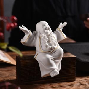 (Kèm đế gỗ) Tượng Tiếu Phật gốm trắng - mẫu dang tay