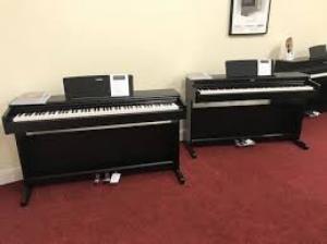 Piano Yamaha YDP-164
