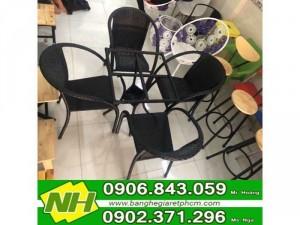 bàn ghế nhựa đúc giá rẽ