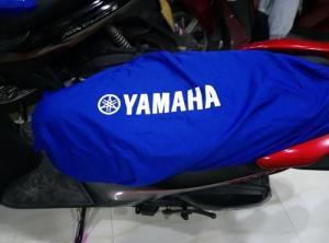 Bao yên bao tay xe yamaha màu xanh bích  được in logo honda màu trắng lên