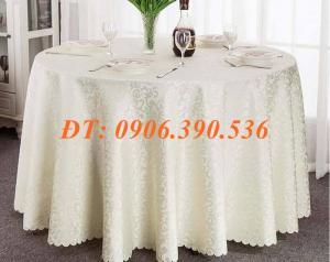 Khăn trải bàn gấm hoa văn sang trọng