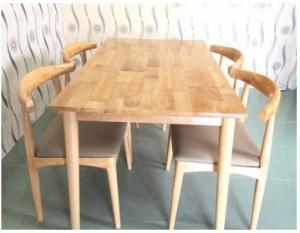 Bộ bàn ghế ELBOW