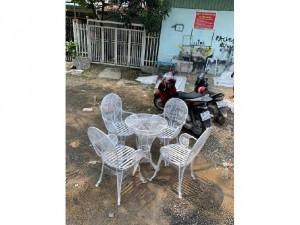 Bộ bàn ghế sắt mỹ nghệ