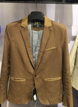 2019-11-14 13:38:49  15  Chuyên sỉ lẻ áo vest kaki,áo vest nhung body hàn quốc.sỉ từ 10 áo 549,000