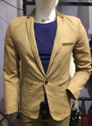2019-11-14 13:38:49  12  Chuyên sỉ lẻ áo vest kaki,áo vest nhung body hàn quốc.sỉ từ 10 áo 549,000