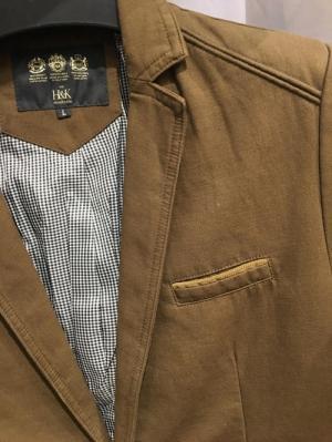 2019-11-14 13:38:49  28  Chuyên sỉ lẻ áo vest kaki,áo vest nhung body hàn quốc.sỉ từ 10 áo 549,000