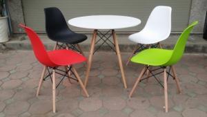 Thanh lý bộ bàn ghế nhựa chân gỗ giá rẻ sg