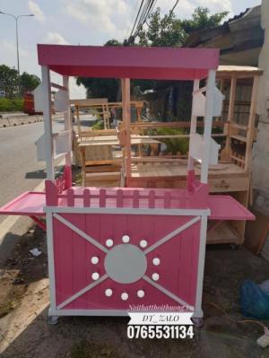 Tủ trà sữa đẹp hồng TS03