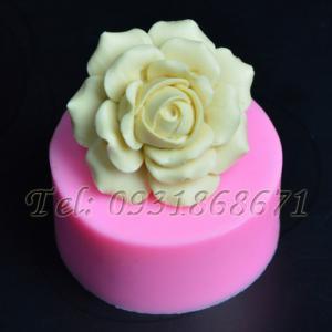 Khuôn rau câu silicon hoa hồng cánh tim - Mã số 233