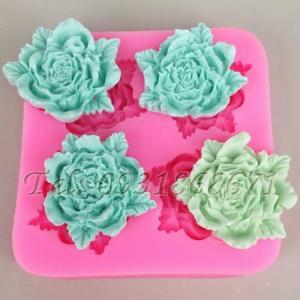 Khuôn rau câu silicon 4 hoa hồng kèm lá - Mã số 25
