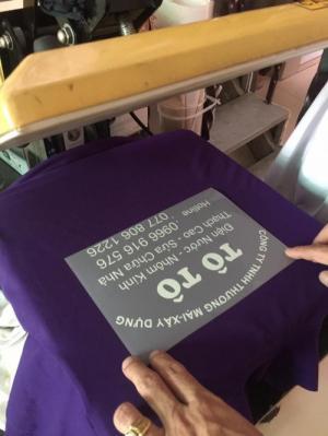 xưởng may áo thun đồng phục sơn nước
