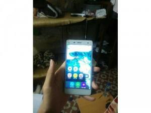 Ko dùng nên bán Xiaomi mi4 Ram 3gb