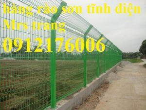 2019-12-12 16:18:38  14  Hàng rào lưới thép hàn mạ kẽm sơn tĩnh điện D4 a 50x150 105,000