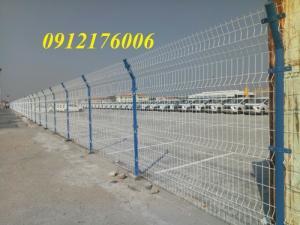 2019-12-12 16:18:38  10  Hàng rào lưới thép hàn mạ kẽm sơn tĩnh điện D4 a 50x150 105,000