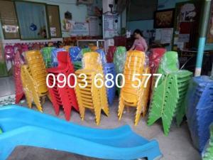 2019-12-12 16:19:26  13  Cần bán ghế nhựa đúc dành cho trẻ em mầm non 90,000