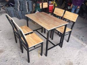 bàn ghế quán nhậu chân sắc mặt gổ làm tại xưởng ANH KHOA 89789