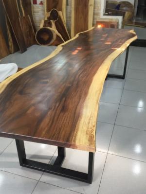 Bàn gỗ me tây nguyên tấm dài 2.75m rộng 68-80cm