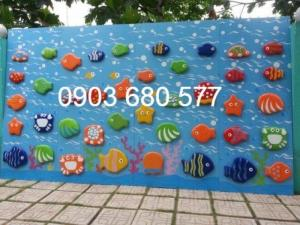 Cần bán đồ chơi tường leo núi vận động cho bé mầm non