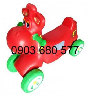 Chuyên bán đồ chơi xe chòi chân 4 bánh, xe lắc cho bé mầm non