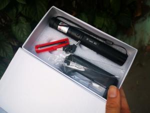 Đèn Pin 303 Tia Laser cực mạnh - Tặng Kèm Pin Sạc - MSN388144