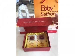 Set quà tặng Baby Saffron + 1túi táo HQ