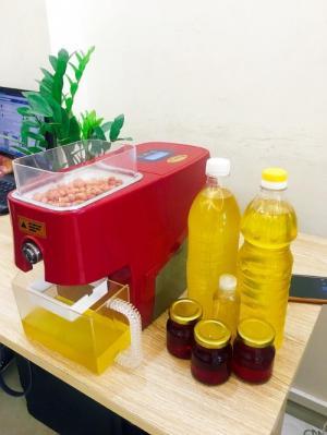 Máy ép dầu Thái lan Nanifood NNF800A bản màu đỏ