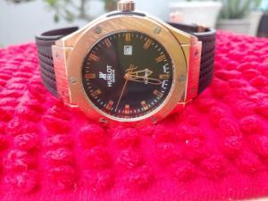 Đồng hồ quartz Nam size to .