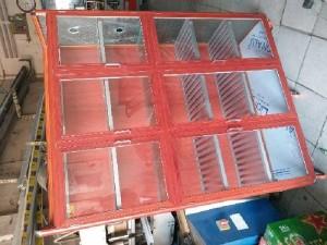 Tủ chén nhôm kính vân gỗ đỏ loại tủ lớn