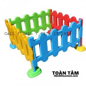 Hàng rào nhựa mầm non - Hàng rào mầm non cho bé - hàng rào nhập khẩu