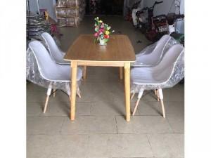 Bộ bàn ăn ghế nhựa bàn gỗ thanh lý