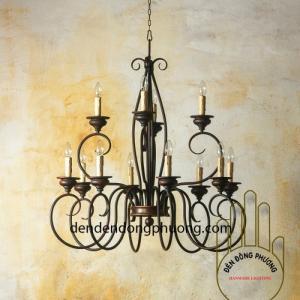 đèn chùm cổ điển thông tầng