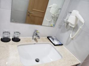 Chuyên sỉ máy sấy tay khách sạn - Thiết bị đồ dùng khách sạn Thiên An