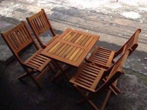 Bàn ghế cafe gỗ quán cóc, vỉa hè