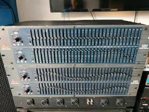 Equalizer dbx 1231 bãi xịn Mỹ