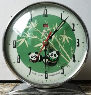 đồng hồ gấu trúc