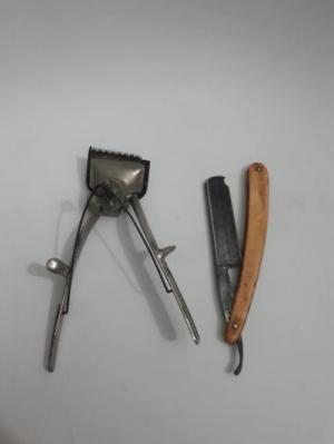 2 món gồm tông đơ và dao cạo xưa