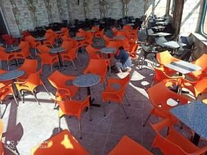 Cần thanh lý 100 bộ bàn ghế i như hình