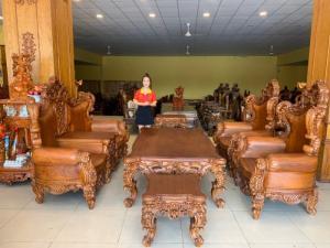 Bộ sofa cổ điển hoàng gia SIÊU VIP giành cho biệt thự