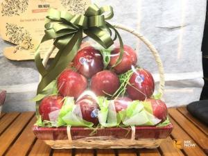 Giỏ trái cây tặng 8/3 - FSNK135