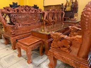Bộ bàn ghế gỗ hương đá mặt liền tay 12 chạm rồng đẹp tại quận 7