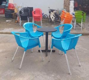 Công ty bàn ghế cafe hàng xuất khẩu giá cả cạnh tranh tại xưởng Chất liệu Mây-Nhựa-Sắc