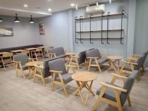 Công Ty Cần thanh lý ghế cafe,sofa thanh lý hàng xuất khẩu mới
