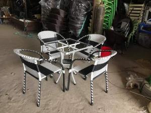 Cần bán 20 bộ ghế nhựa giả mây hàng thanh lý giá rẻ