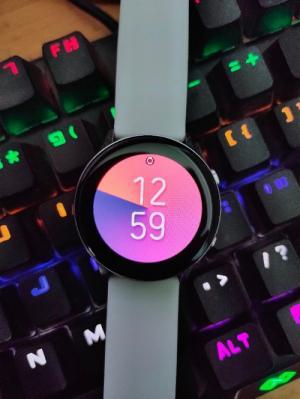 Bán Samsung Galaxy Watch Active Màu Bạc - 40mm
