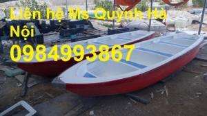 Vỏ Thuyền Composite dễ sủ dụng trong hồ nhỏ như Resot