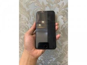 2020-03-27 18:53:39 iphone 8plus 64gb mới khoảng 98% 7,190,000