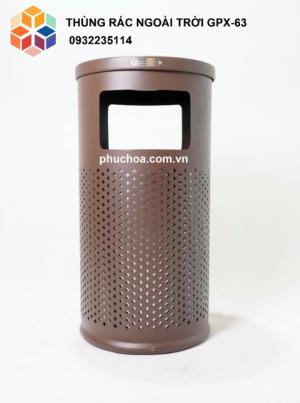 2020-04-01 15:03:48 Thùng rác trang trí, thùng rác ngoài trời sắt sơn GPX-63 2,290,000