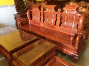 Những bộ bàn ghế gỗ hương đá có tốt không