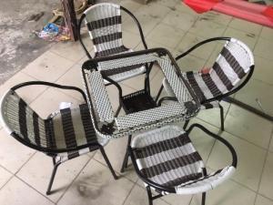 bàn ghế cafe giá tại xưởng sản xuất ANH KHOA 455   đặt biệt có thu mua bàn ghế củ  giá cao